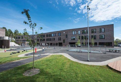 Bjørnveien 109 (Holmen skole)